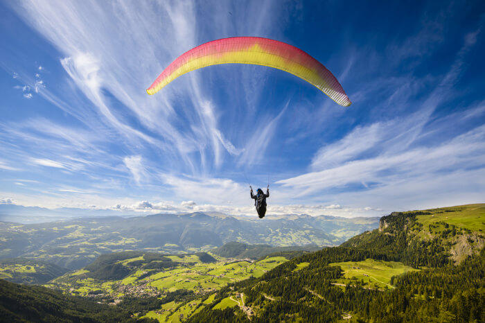 How to Prepare for Your First Paragliding Experience