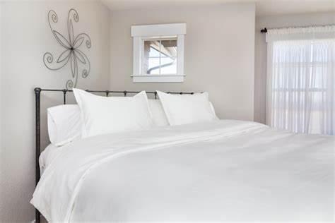 How to buy bed comforters online