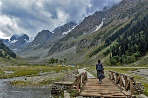 A Complete Guide To The Places To Visit In Kashmir