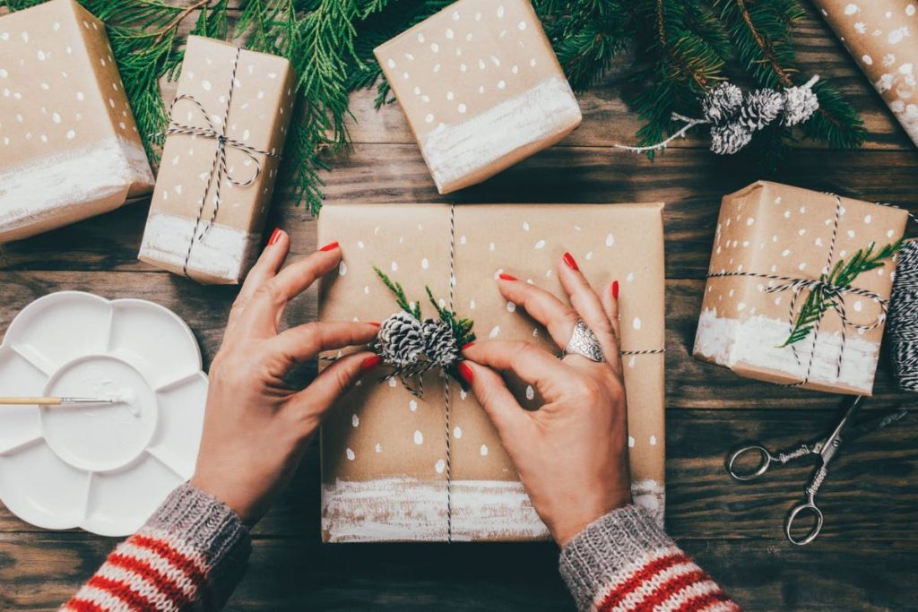 7 Tips To Help You Master the Art of Sustainable Gifting